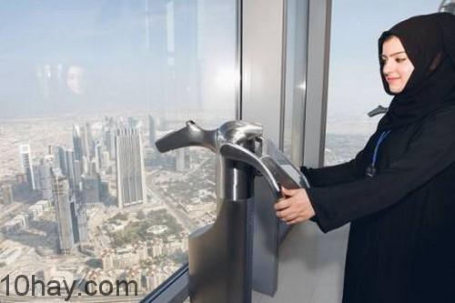 160601-Thang máy Burj Khalifa