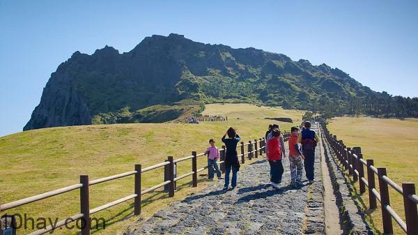 Núi Seongsan Illchulbong