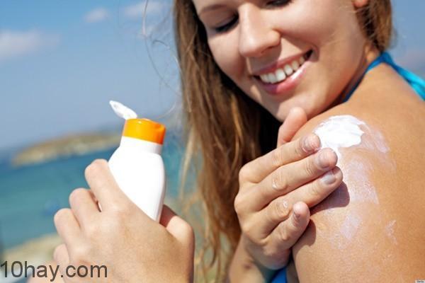 dùng kem chống nắng mùa hè