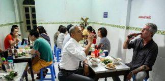 Tổng thống Obama ăn bún chả tại Hà Nội