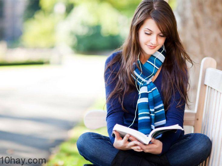Đọc 5 cuốn sách bạn yêu thích