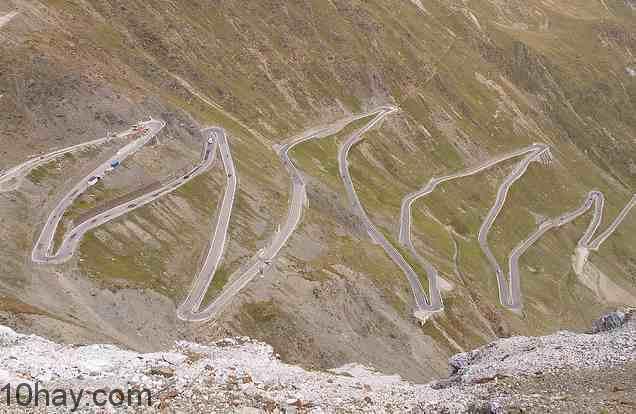 Đường đèo Stelvio – Italy