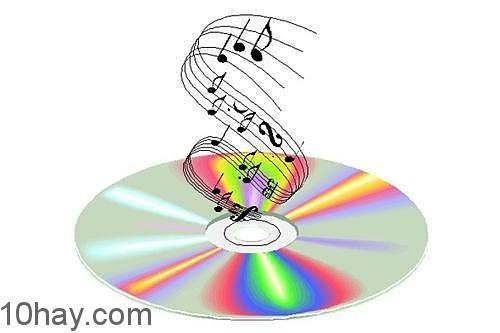 Tải nhạc hay phim nhằm giảm chi phí, tiện ích hơn