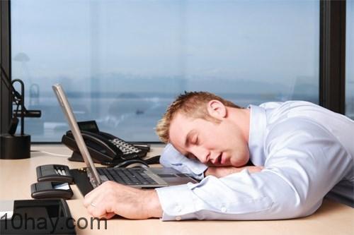 vượt qua cơn buồn ngủ
