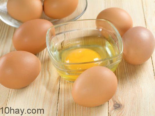 Lòng trắng trứng chứa nhiều dưỡng chất khắc phục da cháy nắng