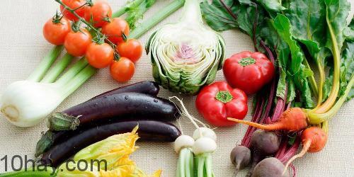 Thanh lọc cơ thể bằng rau củ quả tươi hằng ngày