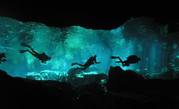 Các con sông ngầm và Hồ của bán đảo Yucatan