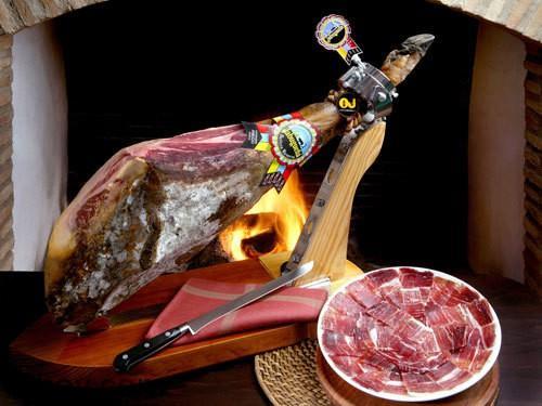 Thịt jamón ibérico ngon ngất ngây