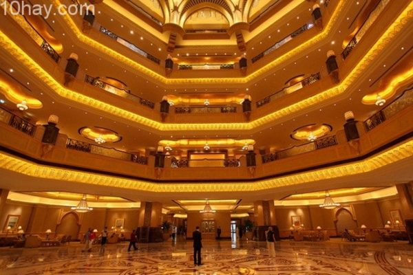 Khách sạn 7 sao duy nhất trên thế giới.
