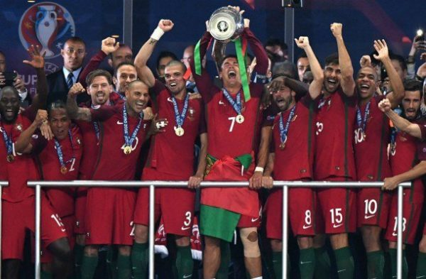 Kỷ lục Euro 2016 - Huyền thoại về Ronaldo