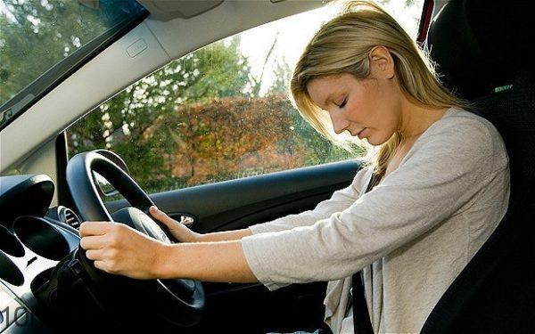 phải tỉnh táo để lái xe an toàn