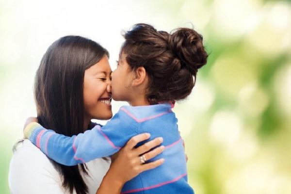 10 điều bạn nên làm ngay với bố mẹ