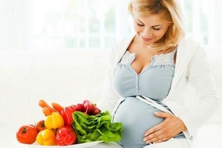 Ba tháng đầu mang thai