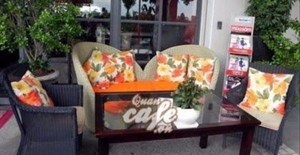 Cafe Paris Deli
