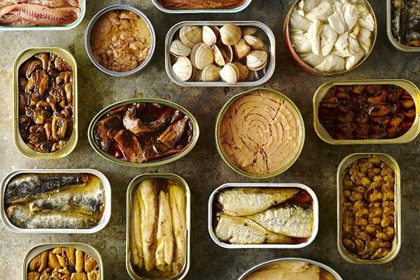 cách nhận biết thực phẩm bẩn - Đồ hộp