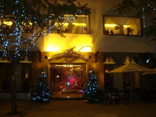 Cafe Maison de Dorly 1