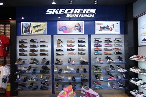 cửa hàng giày dép đẹp Hoàng Phúc