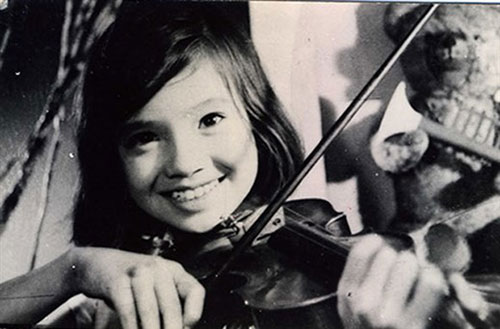 Em bé Hà Nội