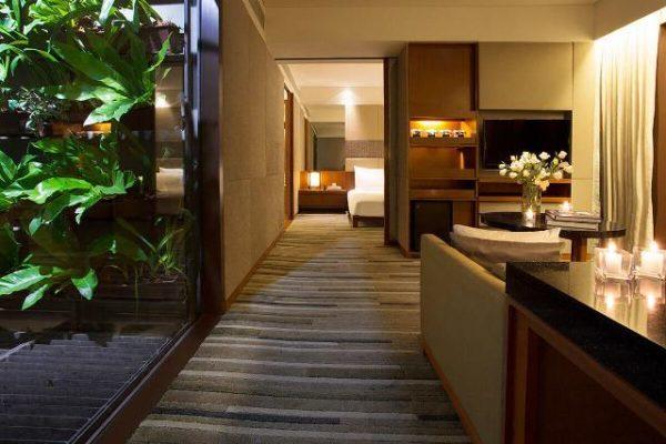 Khách sạn Hansar Bangkok