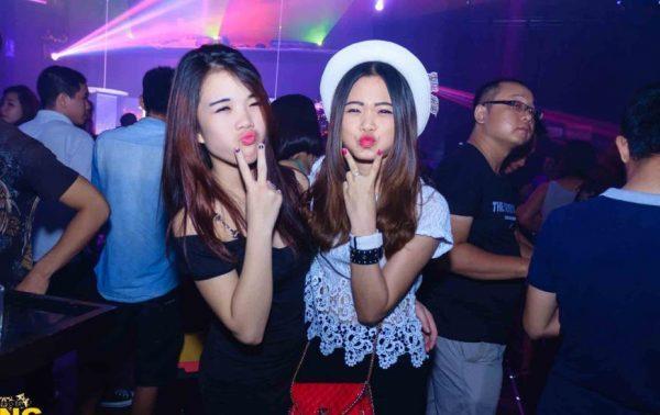 Khach moi Hoang Gia Disco