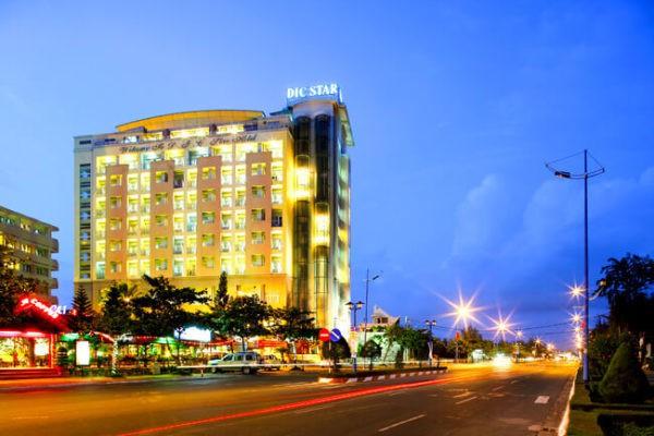 Khách sạn nổi tiếng DIC Star