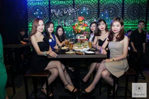Khach tai Fleur d'Or Maison Beer Club & Lounge