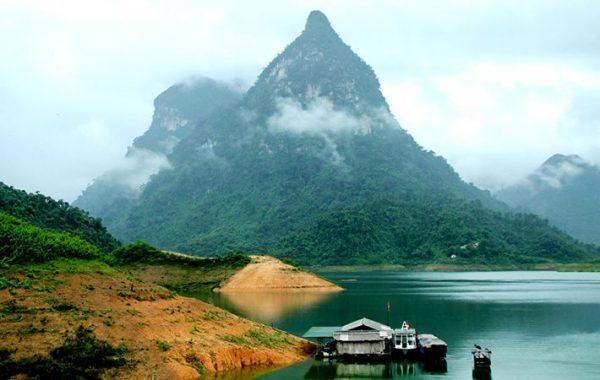 Khu du lịch sinh thái Núi Voi