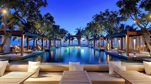 Khách sạn 5 sao sang trọng bậc nhất - Naman Retreat