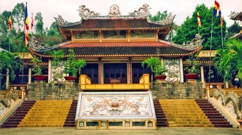 ngôi chùa nổi tiếng ở miền Tây