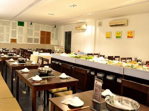 Nhà hàng Buffet nổi tiếng Lẩu PHỐ Á - Asian Town