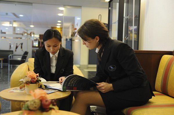 Bạn có thể trở thành quản lý nhà hàng, khách sạn