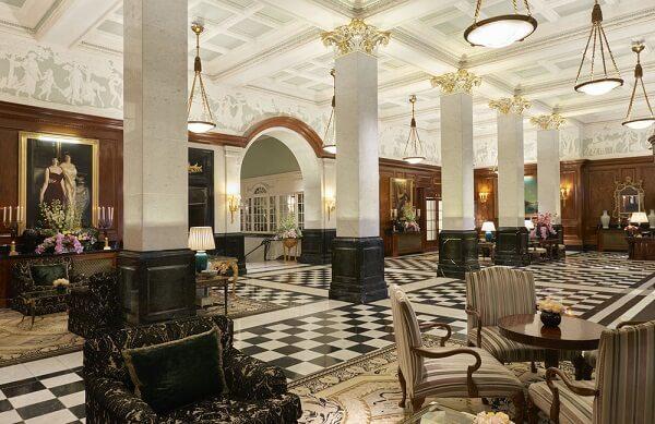 Khách sạn sang trọng nhất ở London - Savoy Hotel