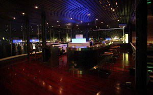 Quán bar Taboo Lounge ở Tây Hồ