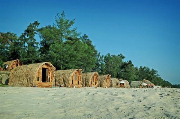 Bãi cát Cô Tô