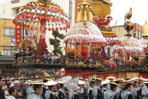 Rước kiệu trong lễ hội Gion