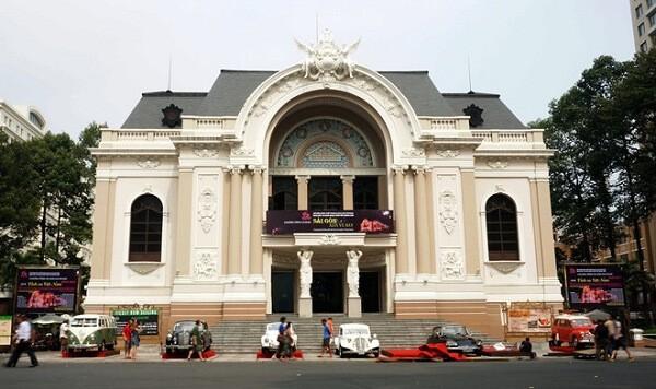 Nhà hát Lớn TP.HCM - Địa điểm hẹn hò lý tưởng