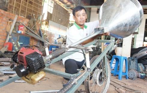 Sáng chế độc đáo của nông dân Nguyễn Văn Dũng