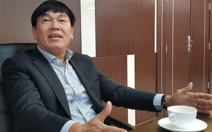 Tỷ phú Trần Đình Long