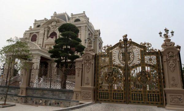 Biệt thự 4 mặt tiền ở Phú Lý