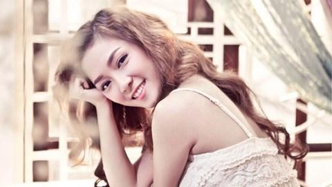 Tháng trước, ca khúc Lonliness của Đinh Hương cùng BigDaddy đã thu hút được sự quan tâm lớn của người hâm mộ