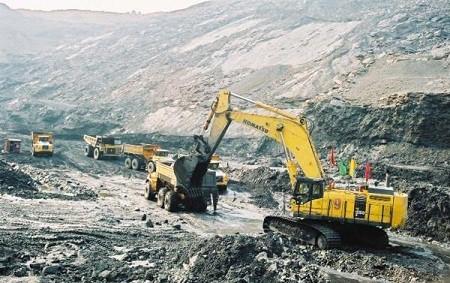 Khai khoáng, sản xuất than, dầu mỏ