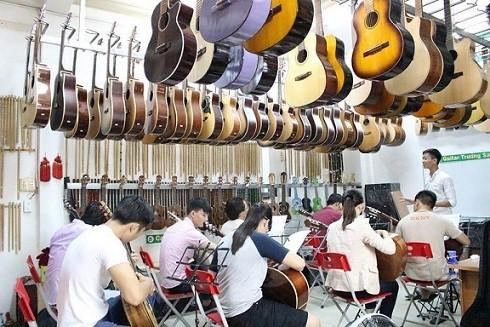 Cửa hàng nhạc cụ Trường Sa