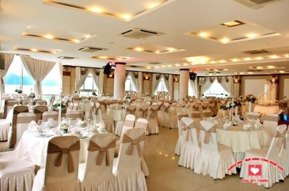Trung tâm hội nghị tiệc cưới Phú Mỹ Thành