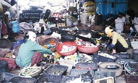 Nghề tái chế phế liệu