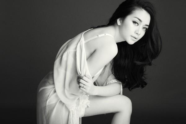 Thiều Bảo Trang hiện đã tách khỏi em gái và Phương Uyên để solo