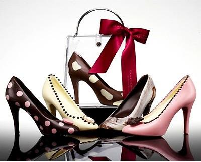 Giày luôn là niềm đam mê của phụ nữ