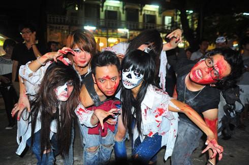 Halloween Phố Tây Bùi Viện