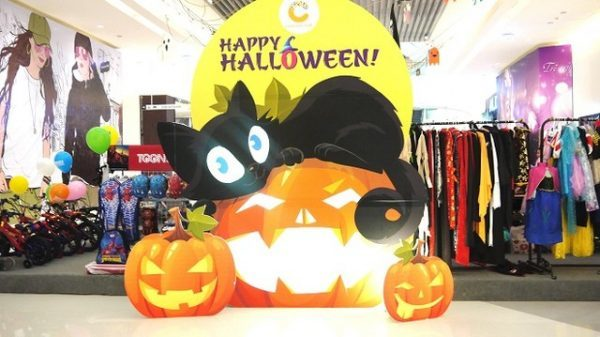 Halloween Crescent Mall Quận 7