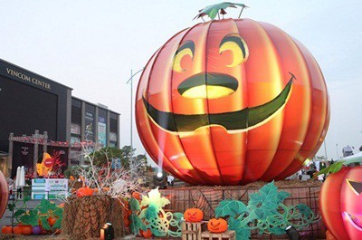 Trung tâm thương mại cũng là địa điểm chơi Halloween hấp dẫn