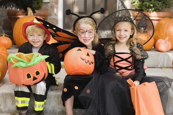 Shop bán đồ Halloween
